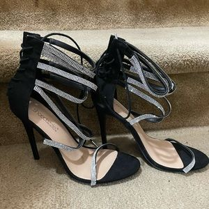 NWOT Black Strappy High Heels Sparkly